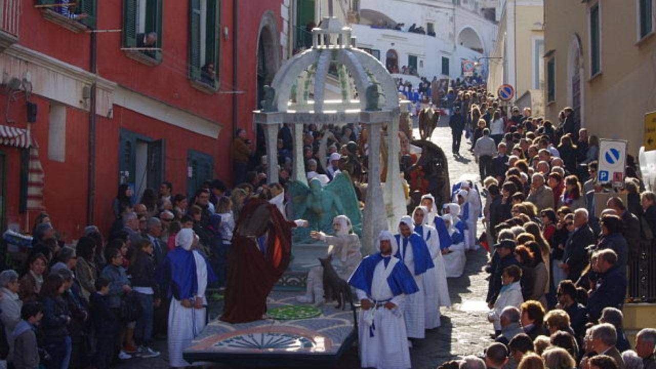 La Processione del Venerdì Santo, l'anima di Procida | Il Procidano