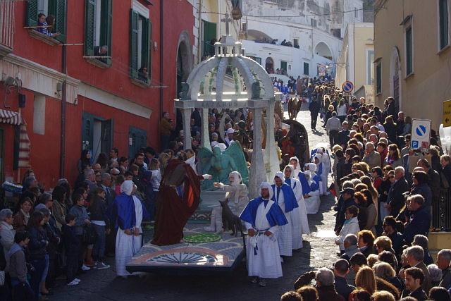 Processione Misteri 2012 procida -foto by Max Noviello procida.tv