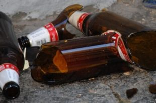 divieto bottiglie di vetro