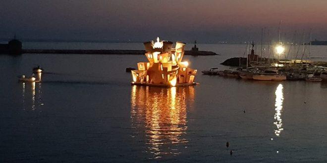Barca di procida foto di Antonio Ciocchi